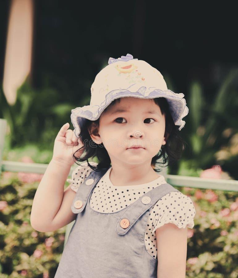 Милый ребенок девушки стоковое изображение