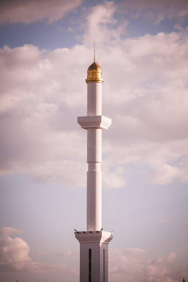 Минареты от мечети стоковые изображения rf
