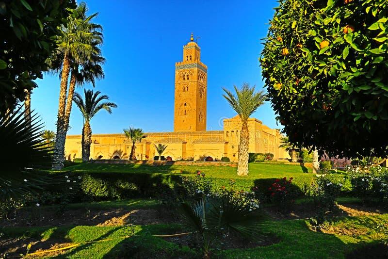 Минарет мечети Кутубия в Марракеше, Марокко стоковое фото rf