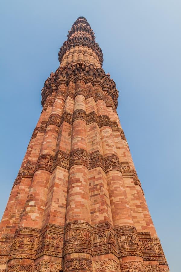Минарет Qutub Minar в Дели, Ind стоковое изображение
