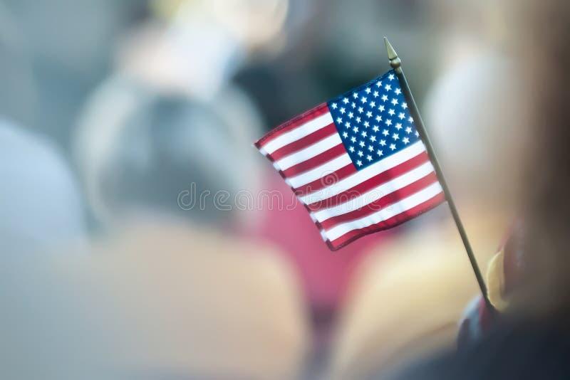 Миниый американский флаг стоковые фотографии rf