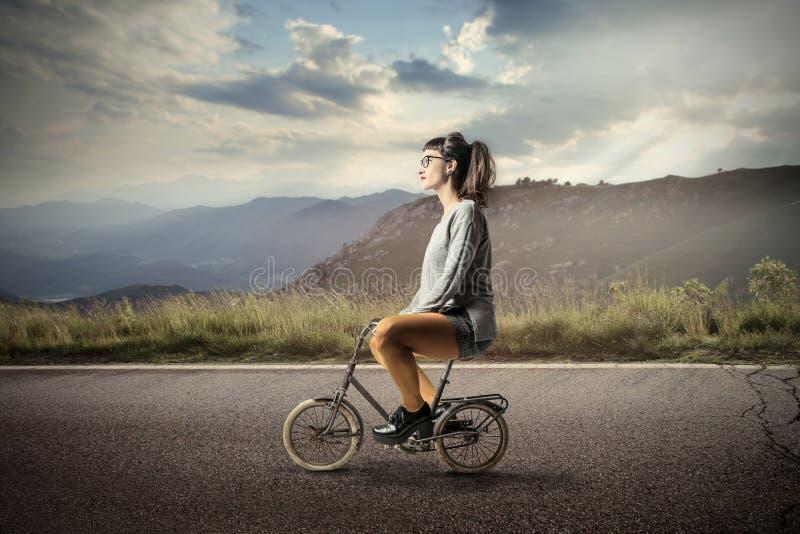Мини езда велосипеда стоковая фотография rf