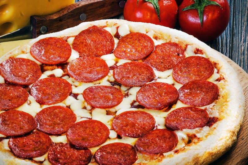 Мини пицца pepperoni 2 стоковые изображения