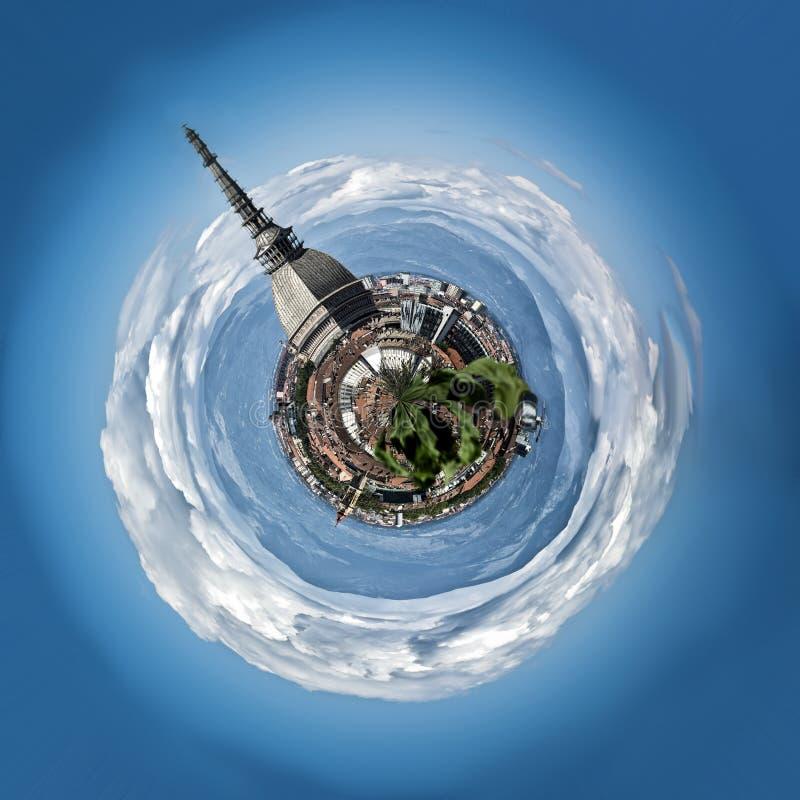 Мини планета или глобус центра города Турина, внутри стоковое изображение