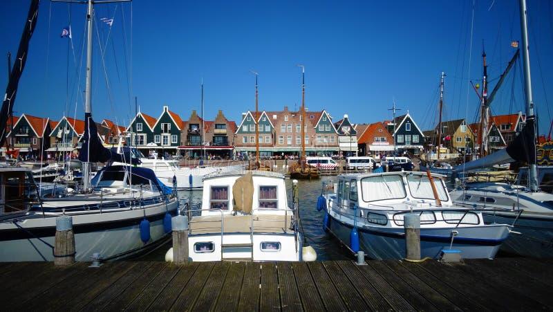 Мирная гавань Volendam (Нидерланды) стоковое изображение
