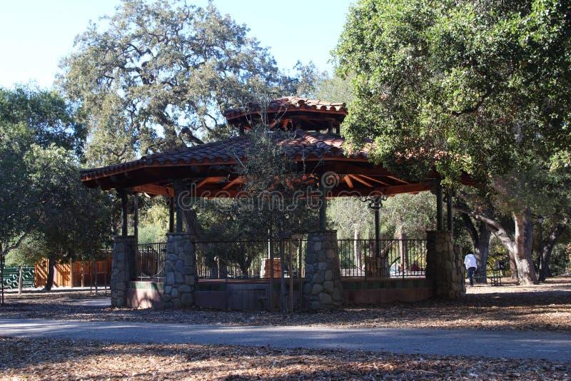 Мирная тень в Ojai, парке Калифорнии стоковая фотография rf