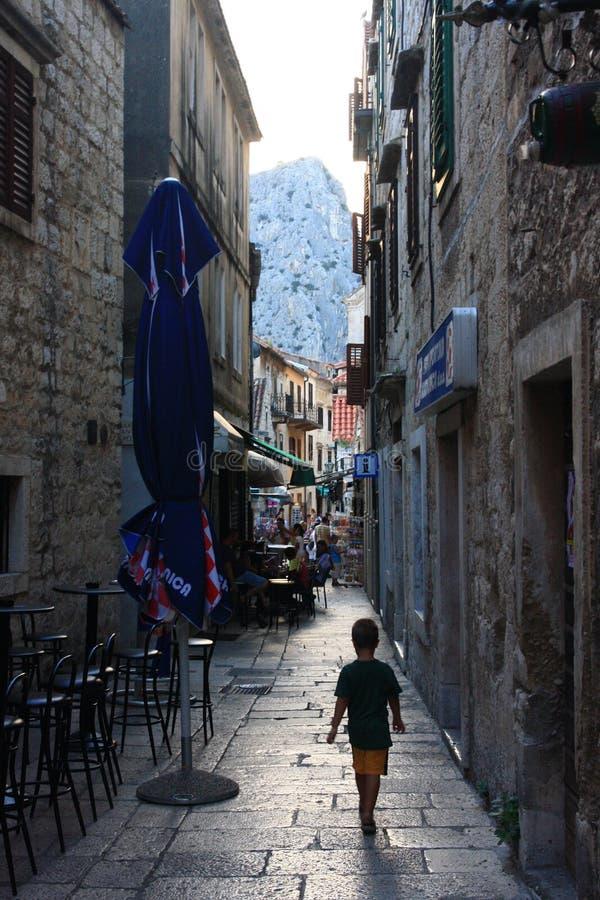 Мирная улица, Omis стоковые фото