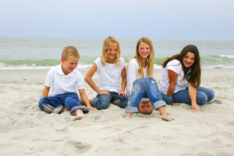 мирт детей пляжа стоковые фотографии rf