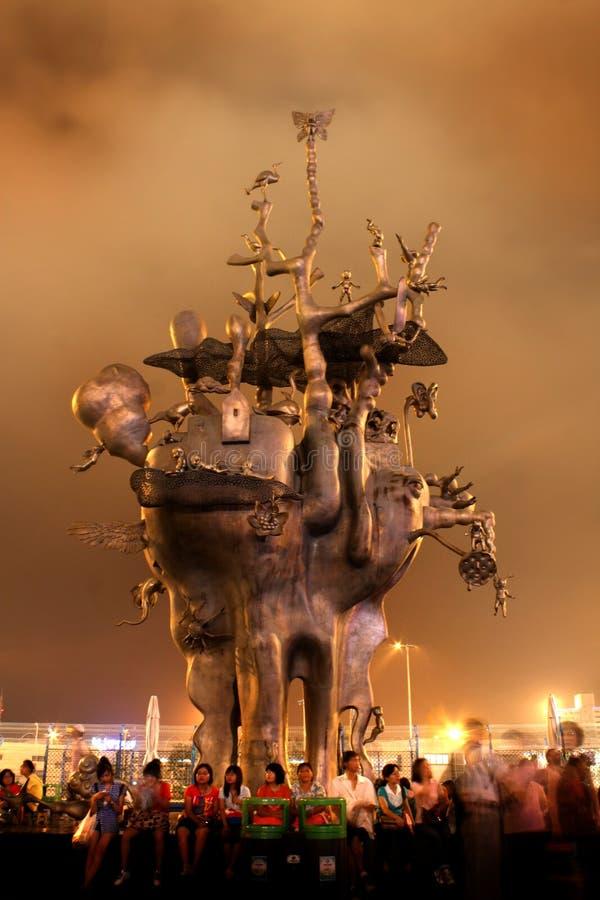 мир статуи shanghai экспо стоковые изображения rf