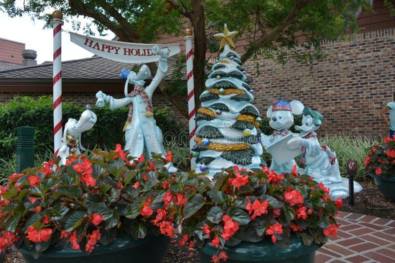 Мир Уолт Дисней - игрушки Дисней пожелайте счастливый мир Уолт Дисней праздников - счастливые праздники стоковое фото rf