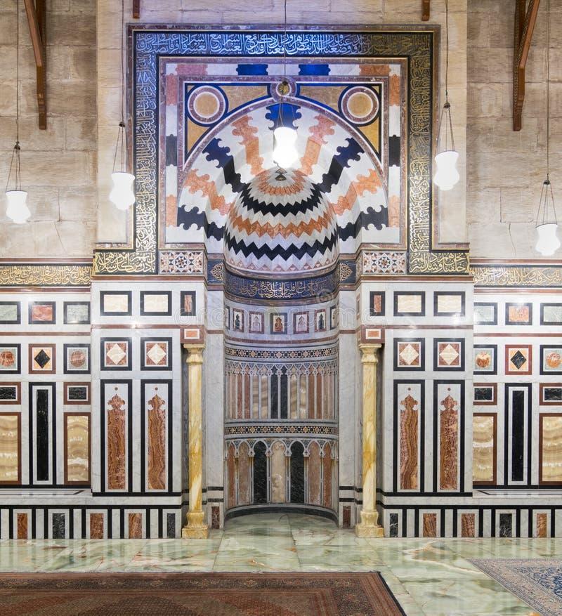Михраб на усыпальнице Reza Shah Ирана, мечети Rifaii Al стоковое изображение
