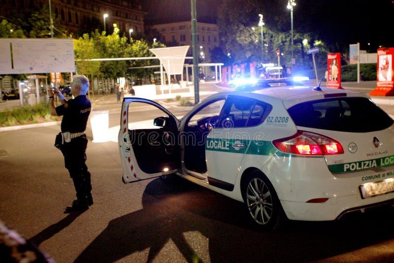 Милан Италия полиции стоковые изображения rf