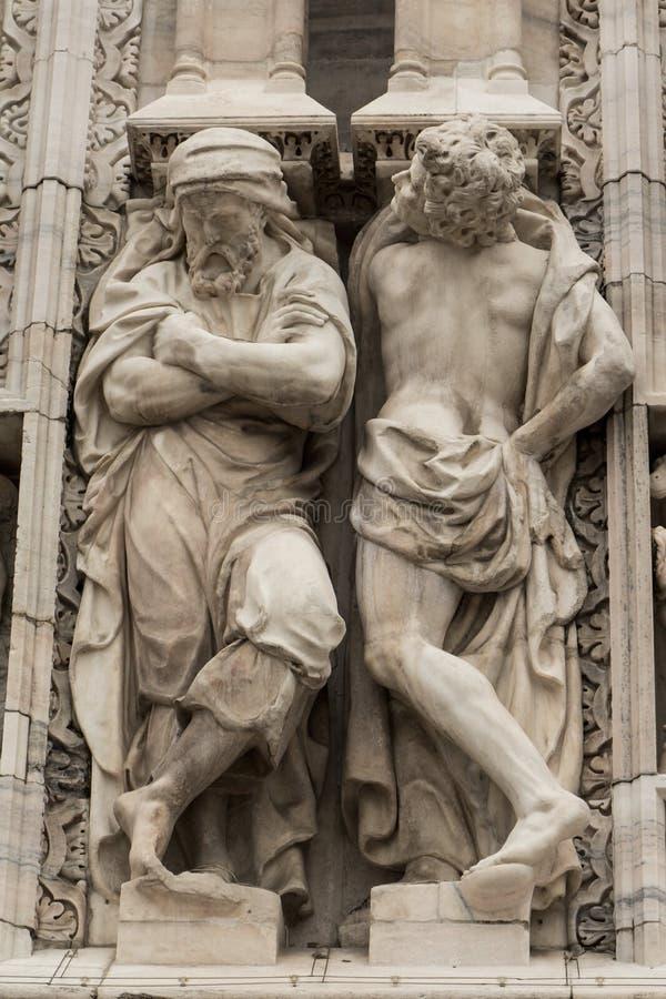 Download Милан купола Scultpture стоковое фото. изображение насчитывающей зодчества - 33726720