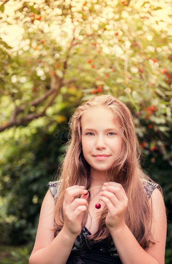 милая девушка подростковая стоковые фото