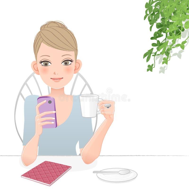 Милая женщина держа и смотря в умный экран телефона бесплатная иллюстрация