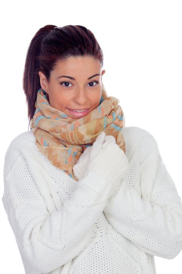 Милая женщина с перчатками и шарфом стоковые изображения rf