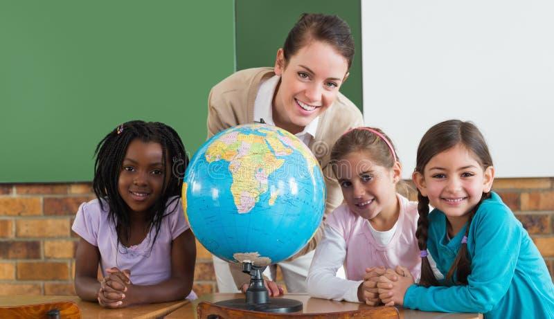 Поздравления с 8 марта коллегам учителям от учителей географическое