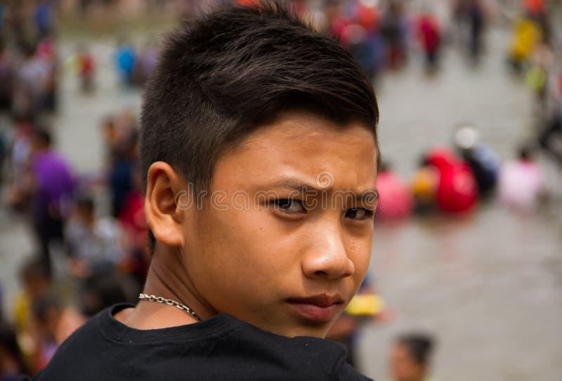 Download Милый азиатский парень стоковое фото. изображение насчитывающей сторона - 40589800