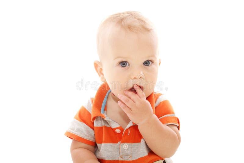 младенец застенчивый стоковое изображение rf