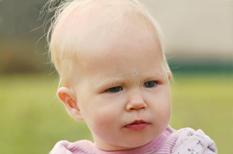 младенец унылый стоковое изображение