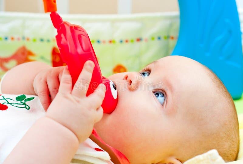 младенческая игрушка teething стоковые фото