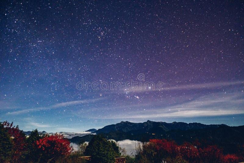 Млечный путь в Alishan стоковые изображения
