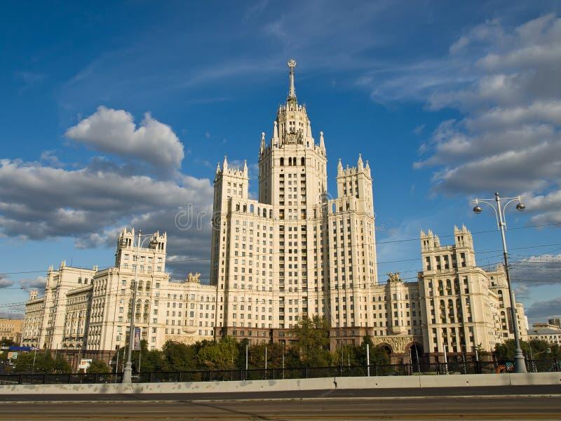 многоквартирный дом большой moscow stalin стоковая фотография