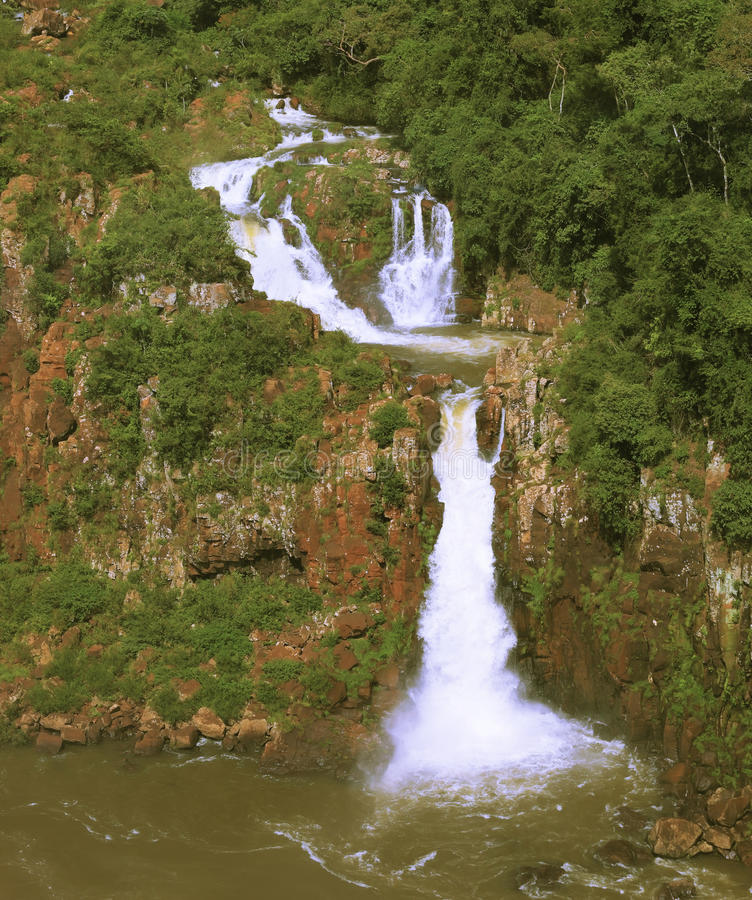 Многоуровневые каскады воды стоковая фотография