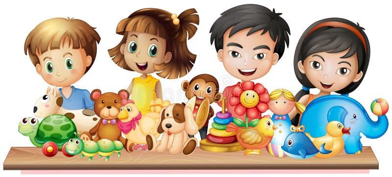 Много детей смотря милые игрушки иллюстрация вектора