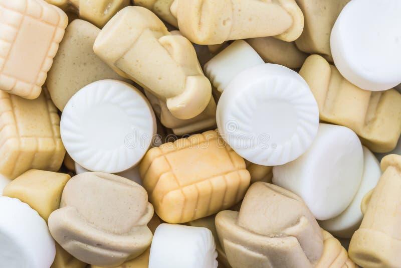 Download Много конфета кофе камедеобразная Стоковое Фото - изображение насчитывающей сахар, десерт: 81803446