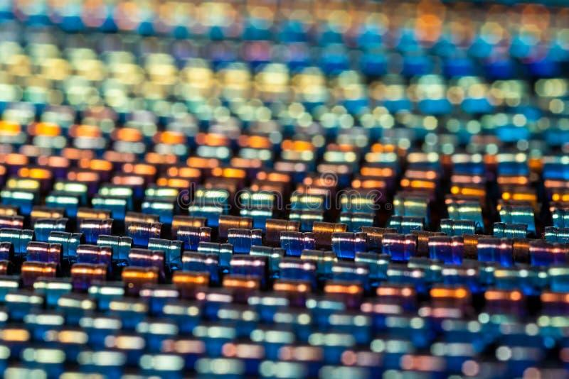 Много красочных спиралей металла как предпосылка стоковое фото