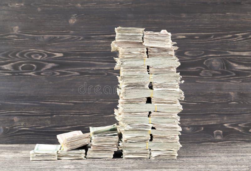 много наличные деньги бумаги стоковые изображения