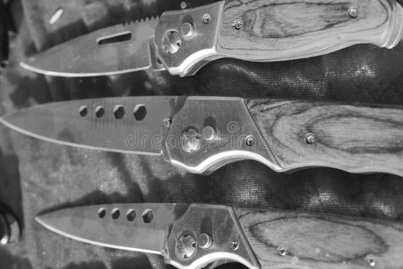Download Много острый нож стоковое фото. изображение насчитывающей металл - 40577580