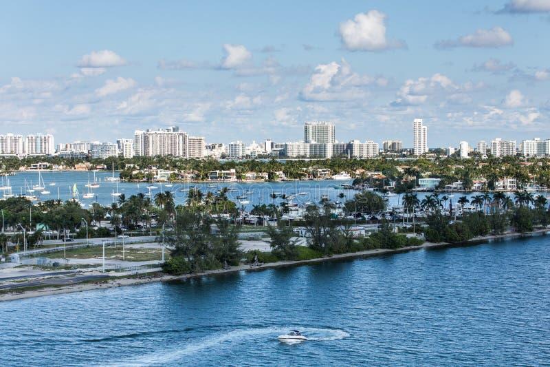 Много шлюпок в заливе Biscayne стоковое изображение rf