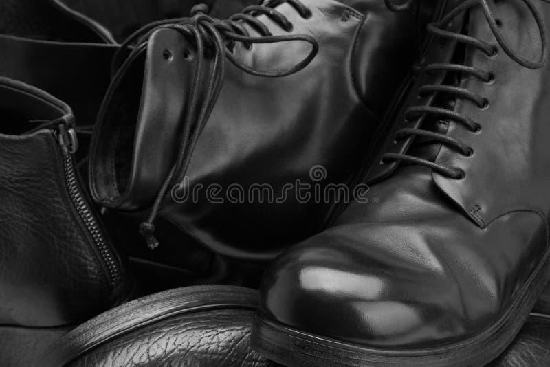 Много handmade ботинок конц-поднимают стоковые изображения rf