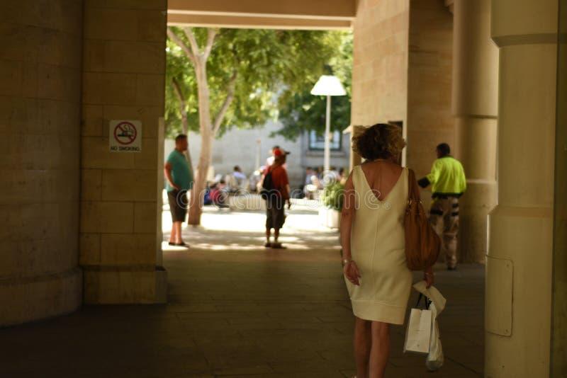 Мода 2017 улицы Австралии Перта стоковое фото