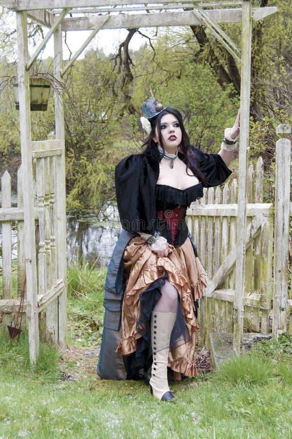 моделируйте outdoors steampunk стоковая фотография