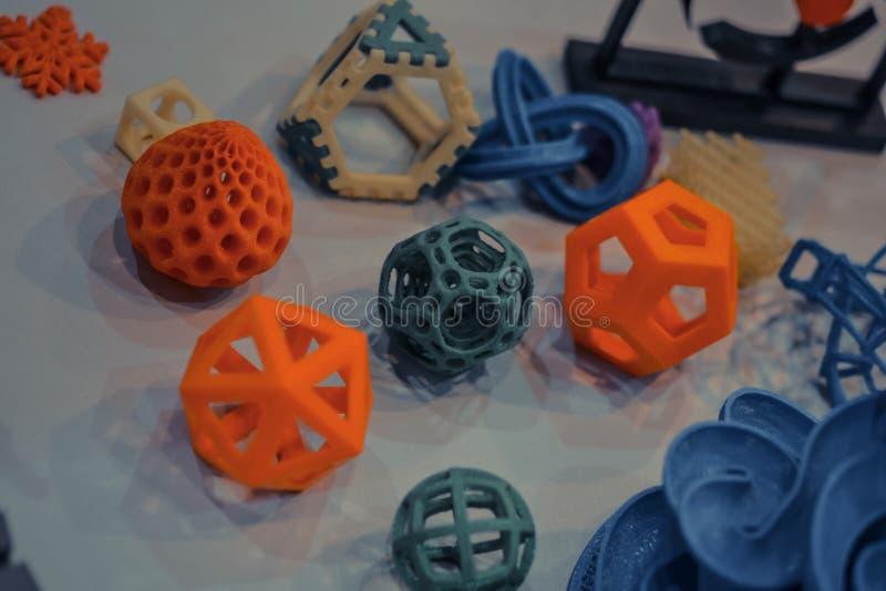 Модели напечатанные принтером 3d Темный стоковые изображения