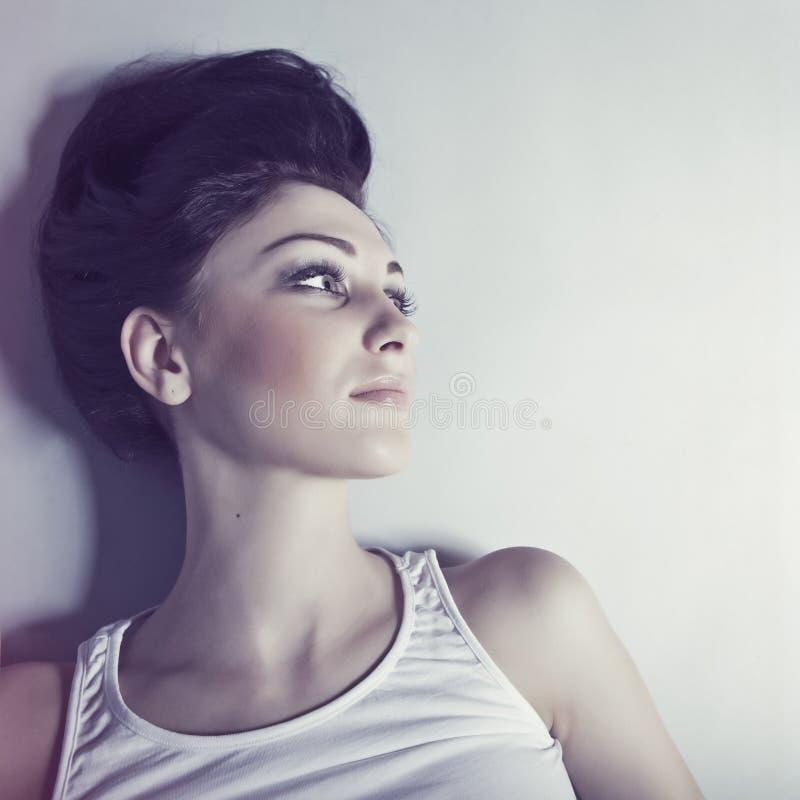 модельная чувственная женщина стоковые фото
