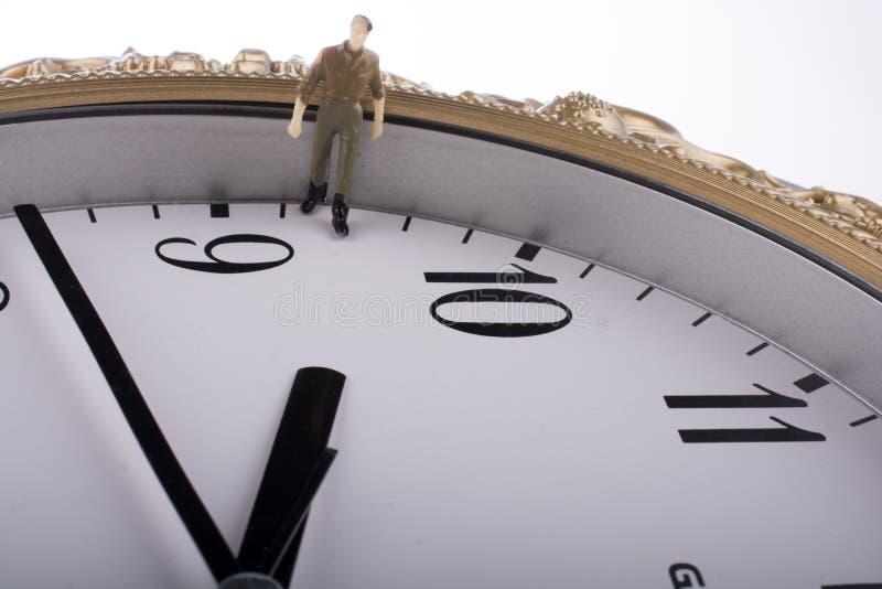 модельный человек в часах стоковое изображение rf