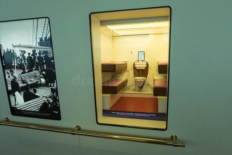 Модель-макет 3-ей кабины класса титанического на цитирует музей de Ла Mer Cherbourg, Франции стоковое фото