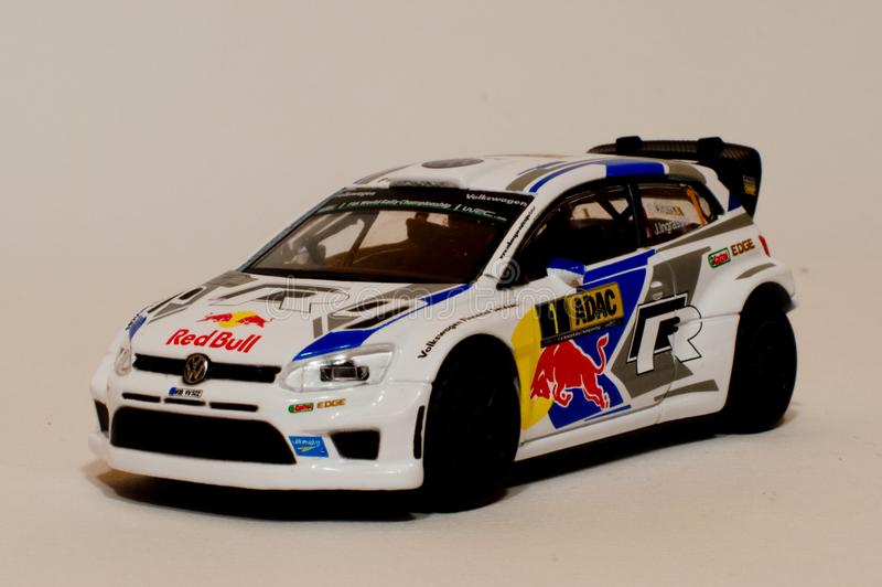Модель поло r WRC 1/43 VW BBurago стоковые изображения rf