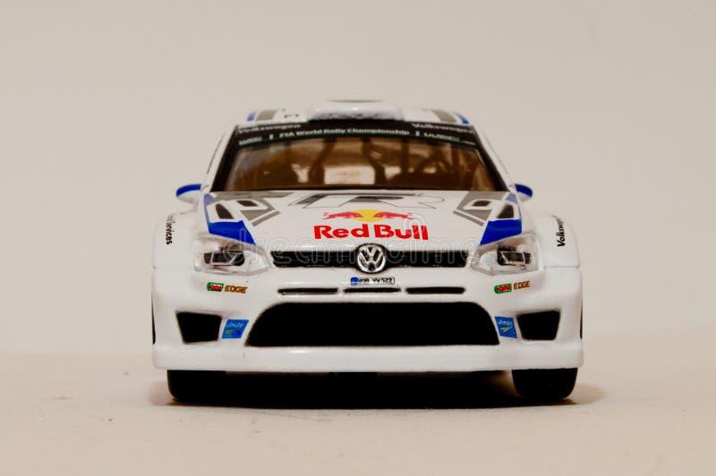 Модель поло r WRC 1/43 VW BBurago стоковые фотографии rf
