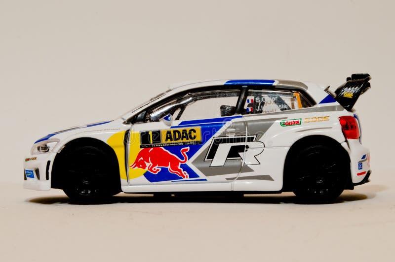 Модель поло r WRC 1/43 VW BBurago стоковая фотография rf