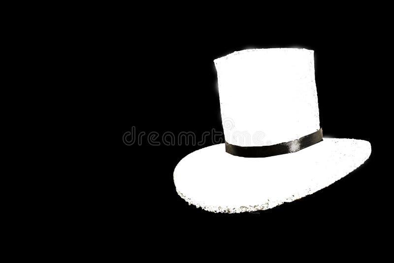 Модная белая шляпа изолированная на черной предпосылке стоковое изображение rf