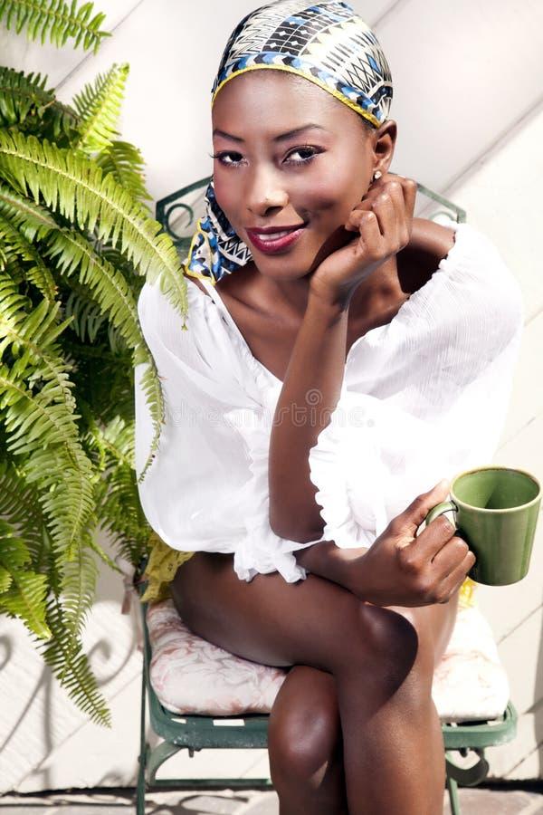 Модная молодая модель стоковая фотография
