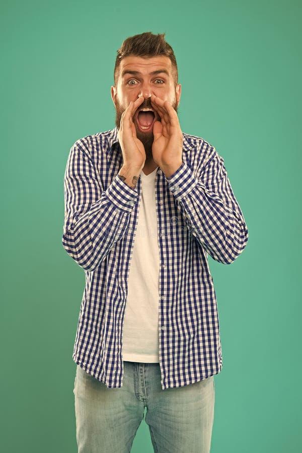 Можете вы услышать его Человек крича к вам Искусство переговоров Человек пробует уговорить вас во что-то Хипстер харизматический стоковая фотография rf