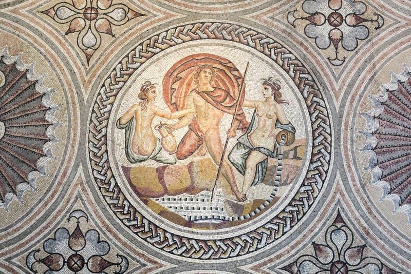 Мозаика Gallo римская на стене стоковые фото
