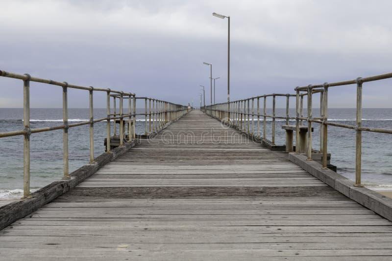 Мола Noarlunga порта с облаком и морем стоковое изображение rf