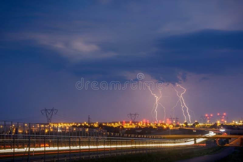 Молнии на Люблине во время одного из штормов в 2017 стоковое фото rf